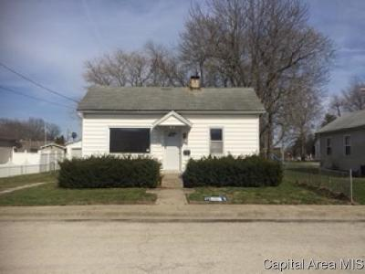 Taylorville Single Family Home For Sale: 812 S Wyandotte St