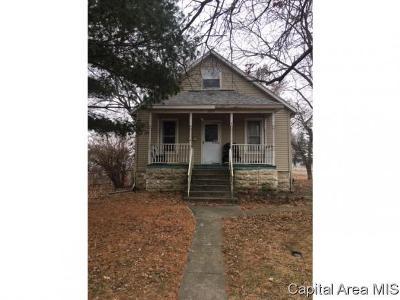 Virden Single Family Home For Sale: 552 W Dean St