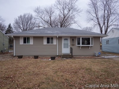 Springfield Single Family Home For Sale: 1629 N Schrader Ave