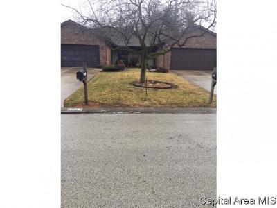 Springfield Multi Family Home For Sale: 5244-5246 Carlton
