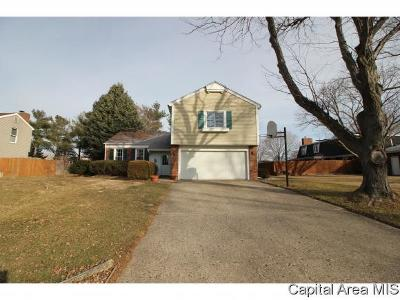 Sherman IL Single Family Home For Sale: $184,000