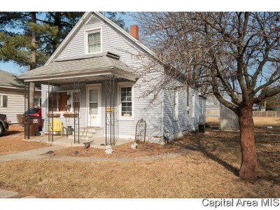 Auburn Single Family Home For Sale: 416 W North St