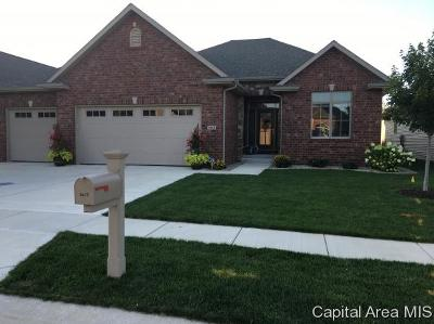 Springfield Single Family Home For Sale: 2413 Wimbledon Pl