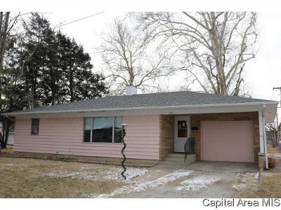 Virden Single Family Home For Sale: 122 E Waverly St