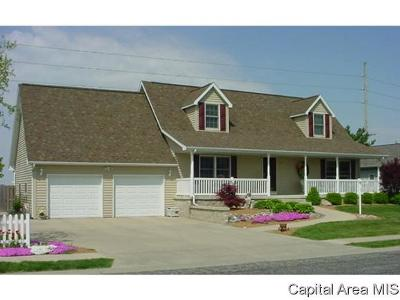 Jacksonville IL Single Family Home For Sale: $222,900