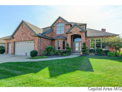 Springfield Single Family Home For Sale: 2604 Tartan Way