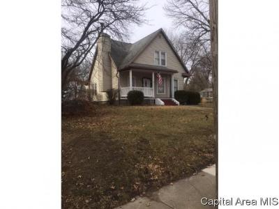 Rochester Single Family Home For Sale: 345 N Walnut St