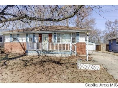Springfield Single Family Home For Sale: 9 Stelte Ln
