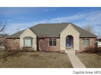 Springfield Single Family Home For Sale: 4271 Whitechapel Ct