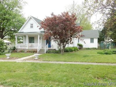 Morrisonville Single Family Home For Sale: 401 N Thomas St