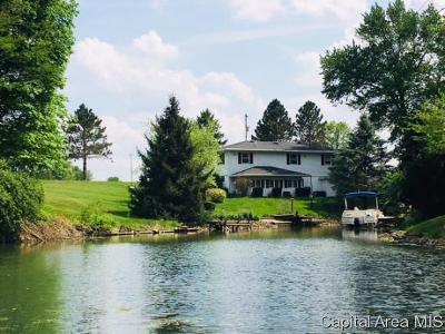 Petersburg Single Family Home For Sale: 476 Juniper Dr