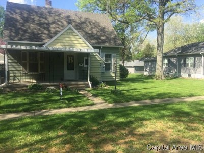 Chatham Single Family Home Pending Continue to Show: 405 W Mulberry St