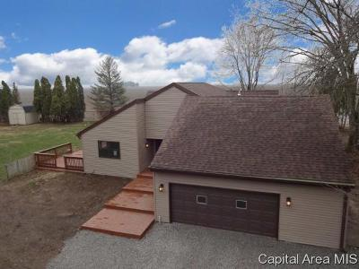 Rochester Single Family Home For Sale: 7181 Ramblewood Dr.