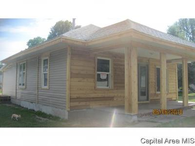 Kincaid IL Single Family Home For Sale: $30,000
