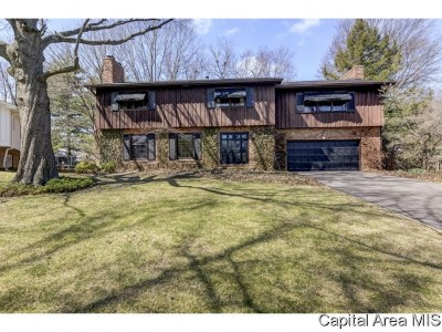 Springfield Single Family Home For Sale: 2353 S Wiggins Ave