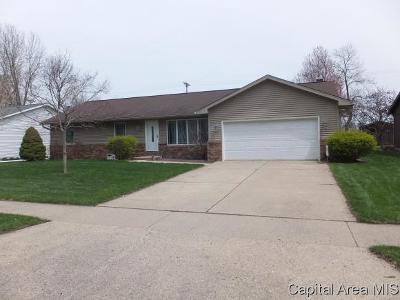 Springfield Single Family Home For Sale: 8116 Hunt Rd
