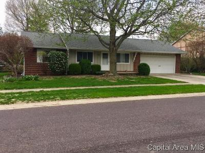 Jacksonville IL Single Family Home Pending Continue to Show: $141,900