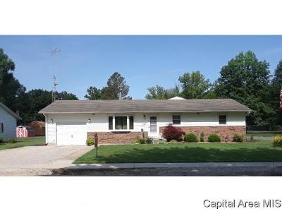 Carlinville Single Family Home For Sale: 626 Harrington