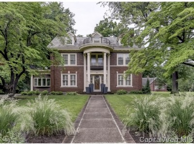 Springfield Single Family Home For Sale: 944 Williams