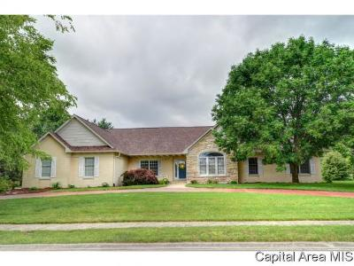Springfield Single Family Home For Sale: 5205 Eagle Ridge