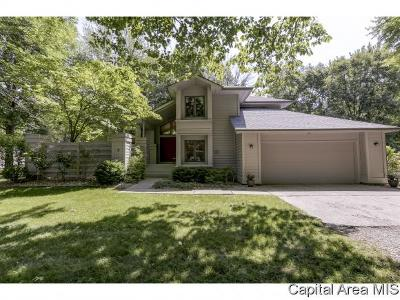 Springfield Single Family Home For Sale: 6 Forest Ridge