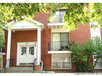 Springfield Single Family Home For Sale: 255 Durkin Drive Unit 10