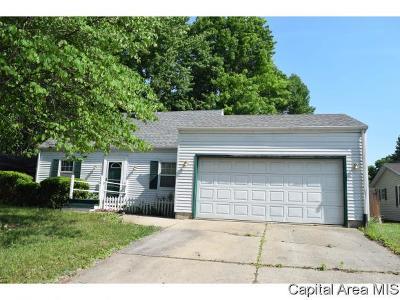 Springfield Single Family Home For Sale: 2221 Croydon Dr