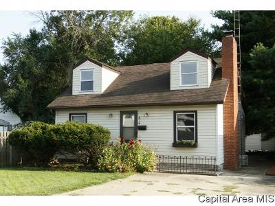Springfield Single Family Home For Sale: 514 Kern St