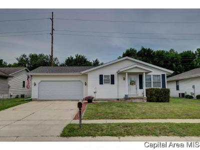Springfield Single Family Home For Sale: 2912 Lakeshire Dr