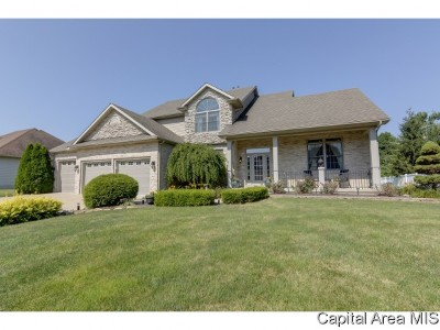 Springfield Single Family Home For Sale: 4905 Bears Paw