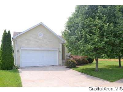 Jacksonville IL Single Family Home For Sale: $189,900
