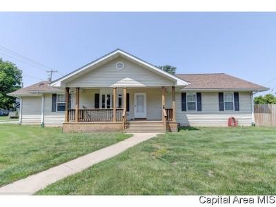 Pleasant Plains Single Family Home For Sale: 100 W 3rd St