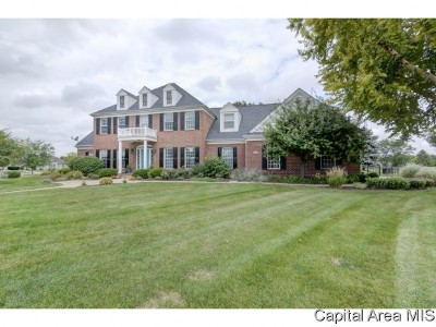 Springfield Single Family Home For Sale: 4616 Bears Paw Ct