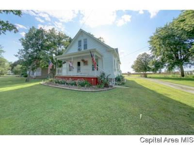 Morrisonville Single Family Home For Sale: 205 N Monroe St
