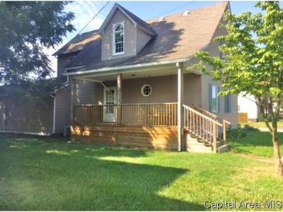 Virden Single Family Home For Sale: 516 W Dean St