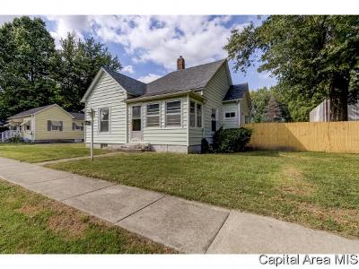 Pawnee Single Family Home For Sale: 809 Jefferson St
