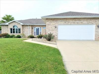 Springfield Single Family Home For Sale: 3613 Chelmsford Ct