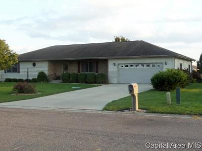 Pleasant Plains Single Family Home For Sale: 112 Chestnut Drive