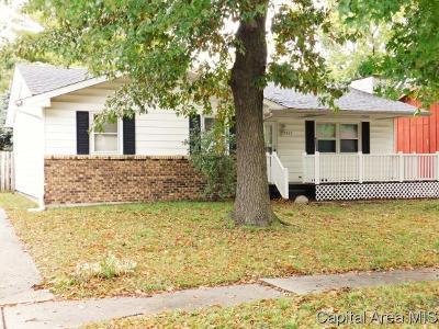 Springfield Single Family Home For Sale: 2809 E Black Ave