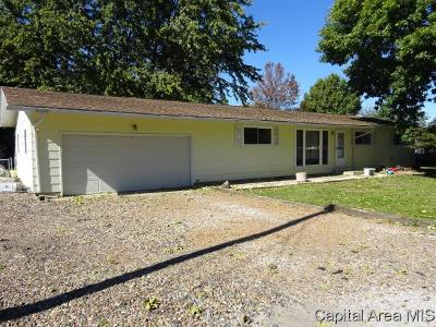 Pawnee Single Family Home For Sale: 211 12th St.