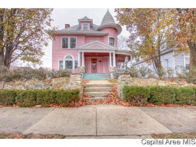Carlinville Single Family Home For Sale: 289 N Broad St