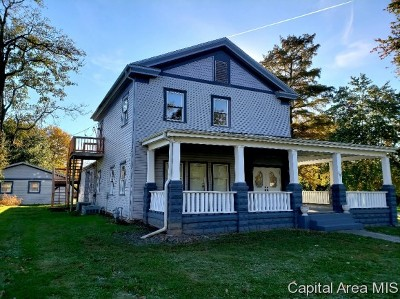 Winchester Single Family Home For Sale: 206 N High St