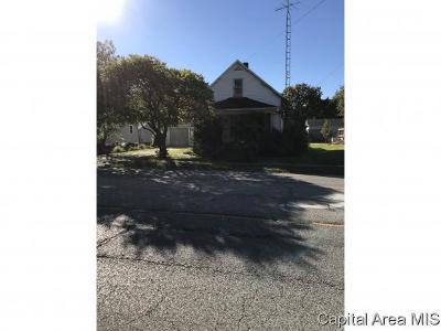 Virden Single Family Home For Sale: 625 N Springfield St