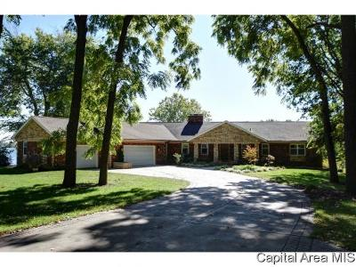 Sangamon County Single Family Home For Sale: 66 N Fox Mill