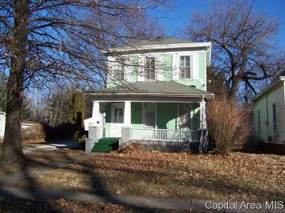 Jacksonville IL Single Family Home For Sale: $68,000