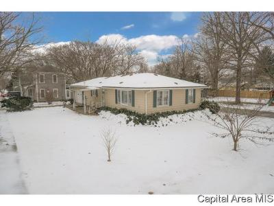 Waverly Single Family Home For Sale: 407 S Pearl St