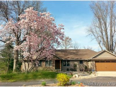 Sangamon County Single Family Home For Sale: 9 Hawthorne Ln