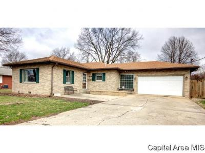 Virden Single Family Home Pending Continue to Show: 121 E Liberty Ct