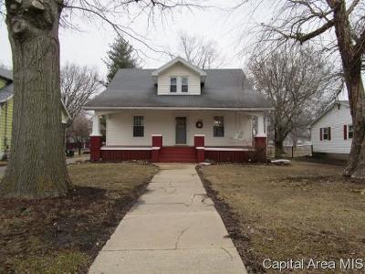 Jacksonville Single Family Home For Sale: 250 E Vandalia Rd
