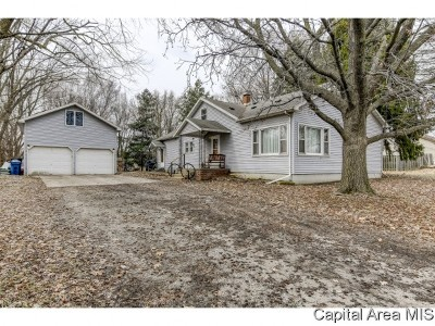 Cantrall Single Family Home For Sale: 110 3rd St
